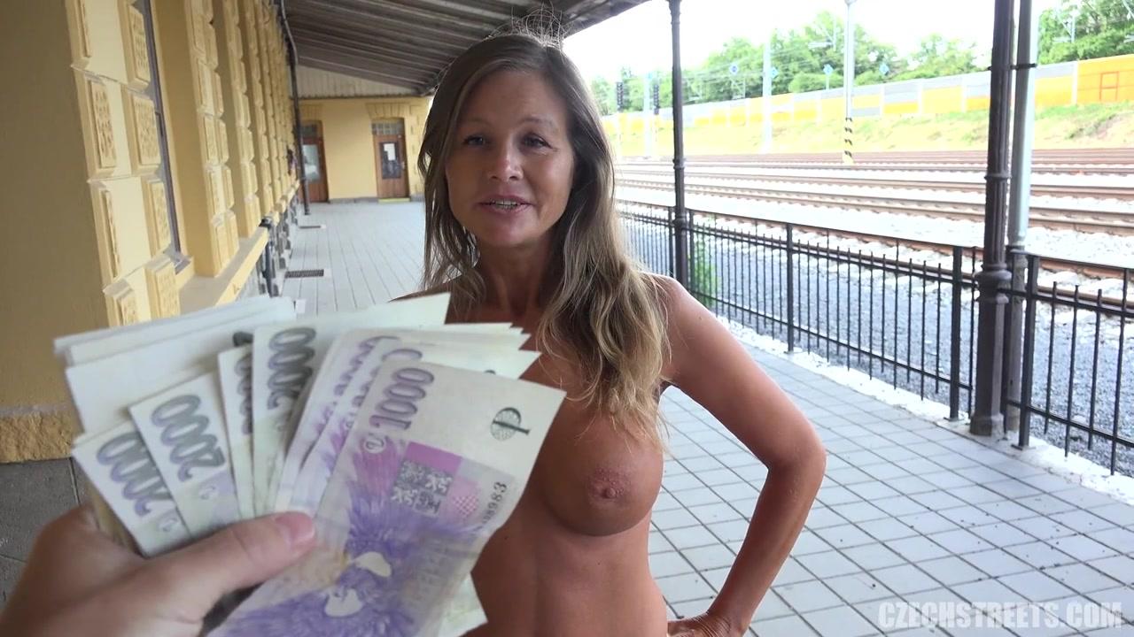 Public Blonde Amateur Money